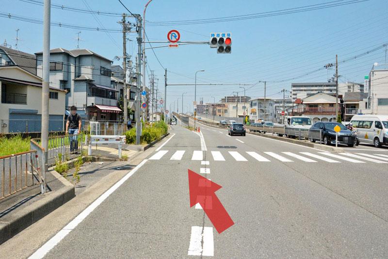反対車線へ帰るルート3