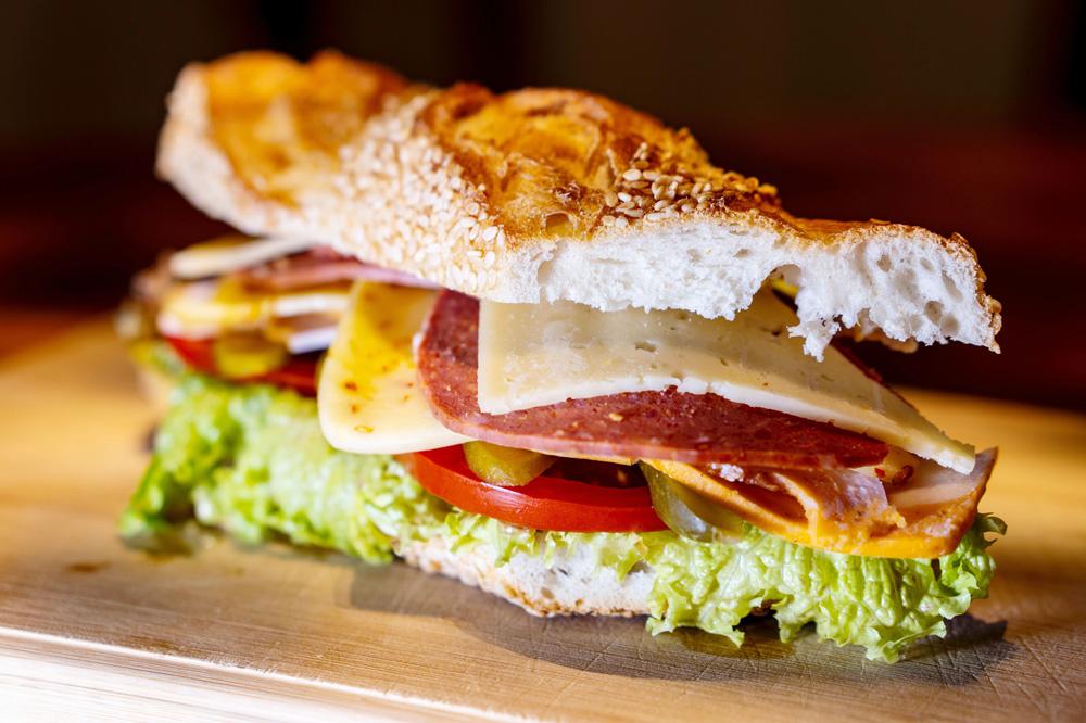 サンドイッチにバゲットを